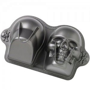 Wilton Dimensions® 3D Skull Backform
