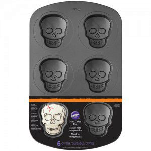 Wilton Mini Skull Treat Pan